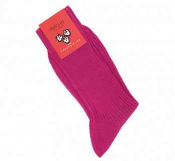Fuchsia coloured scottish lisle thread socks by Di Carlo
