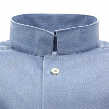Blue reverse collar denim shirt with dots
