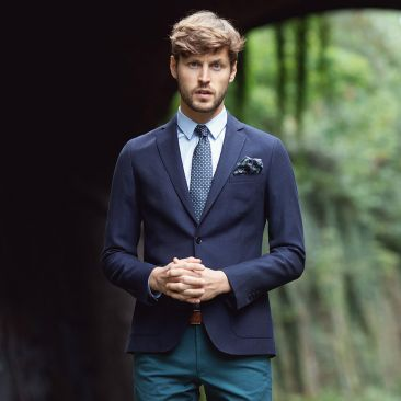 Navy blue jacket in a textured wool cotton blend